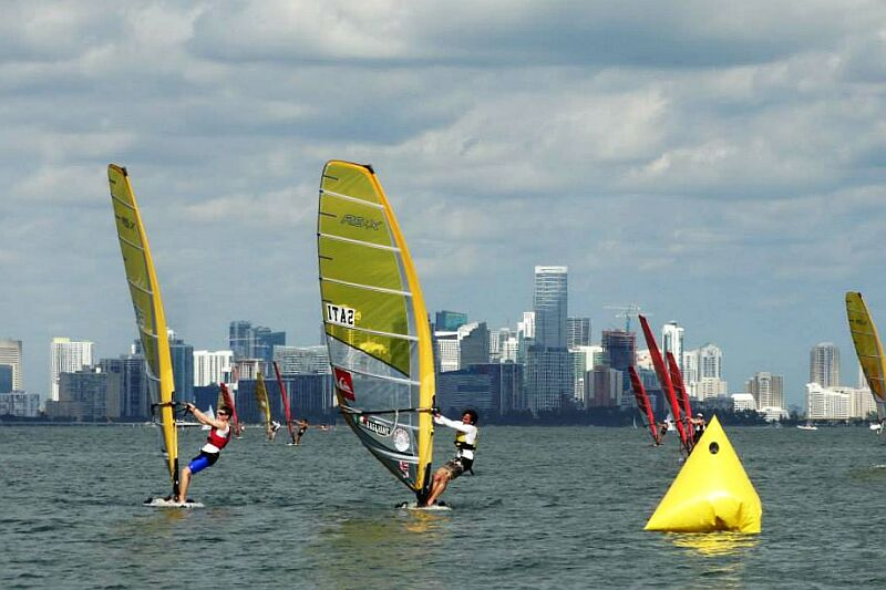 Light wind battles at the 2014 RS:X Nationals - Photo: Dominique Vallée