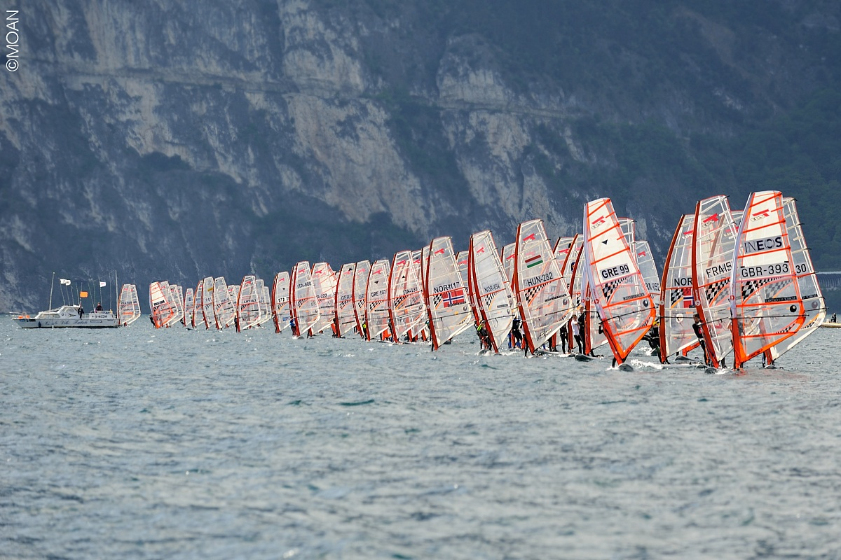 Start Line Action at the 2014 T293 Europeans in Torbole, Italy!