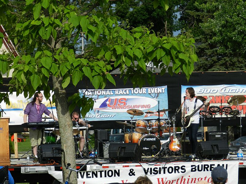 Rock Band Narrow Vines on the main stage at the US Windsurfing Nationals!