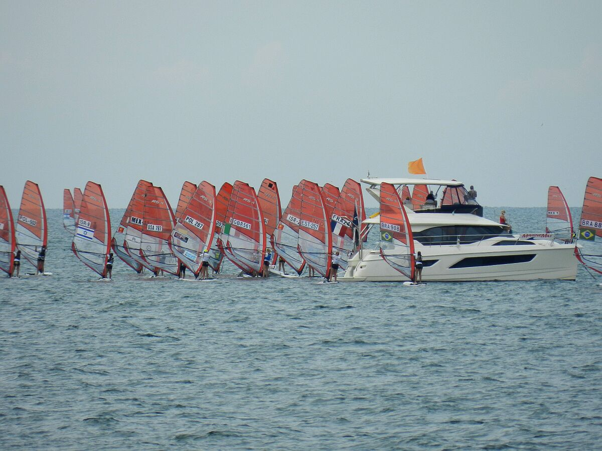 Clearwater 2014 - Start of Women Race 6